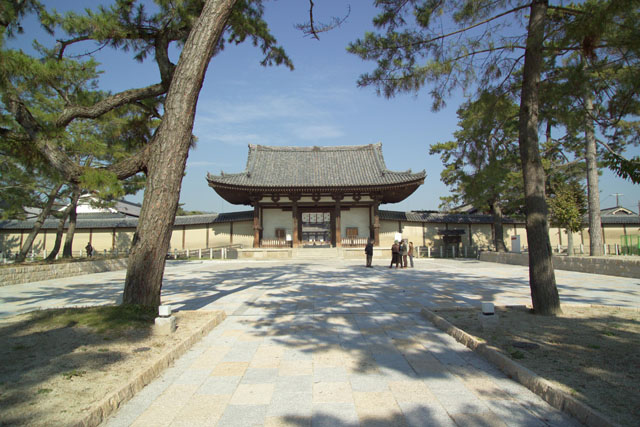 Ворота храма Хорю-дзи